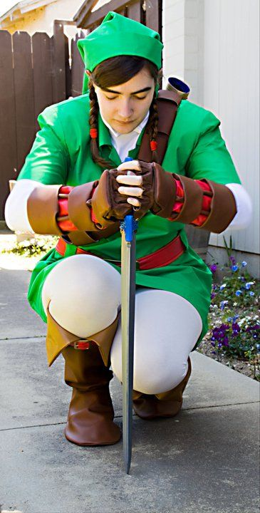Link cosplay ocarina of time